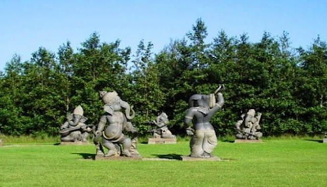 Inilah Empat Patung Dan Monumen Dengan Bentuk Paling Unik Di Dunia