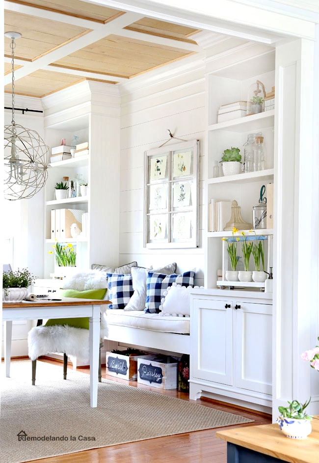 build-ins in dining room with green and yellow tones