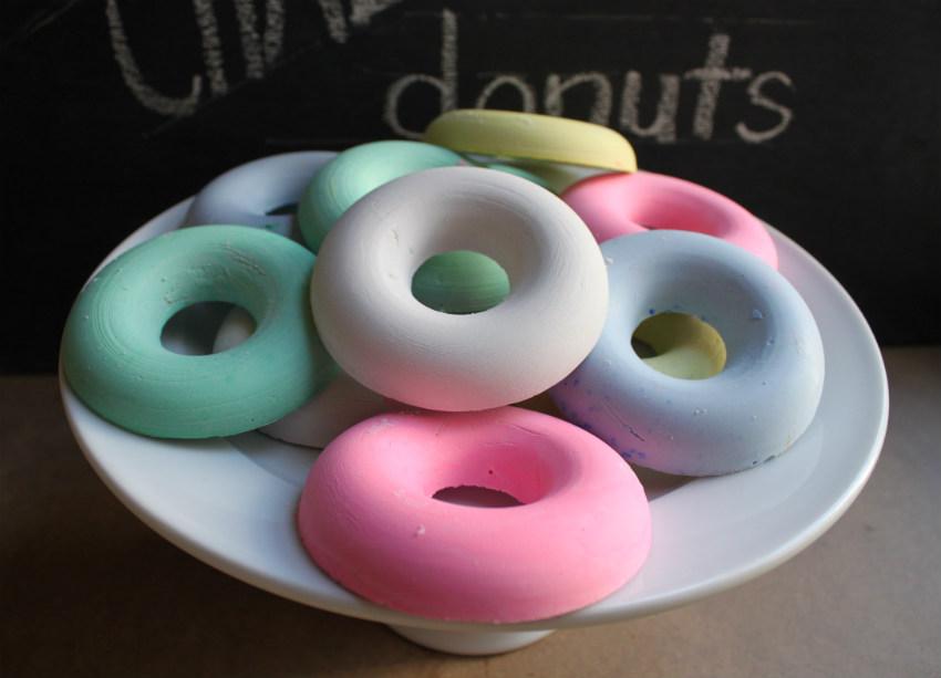 Corner Blog Donut Shaped Chalk