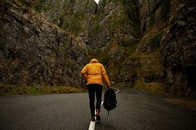 Bahaya gak sih traveling sendirian