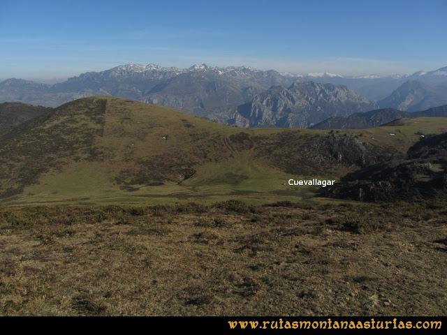 Ruta Linares, La Loral, Buey Muerto, Cuevallagar: Desde la Loral, camino a Cuevallagar.