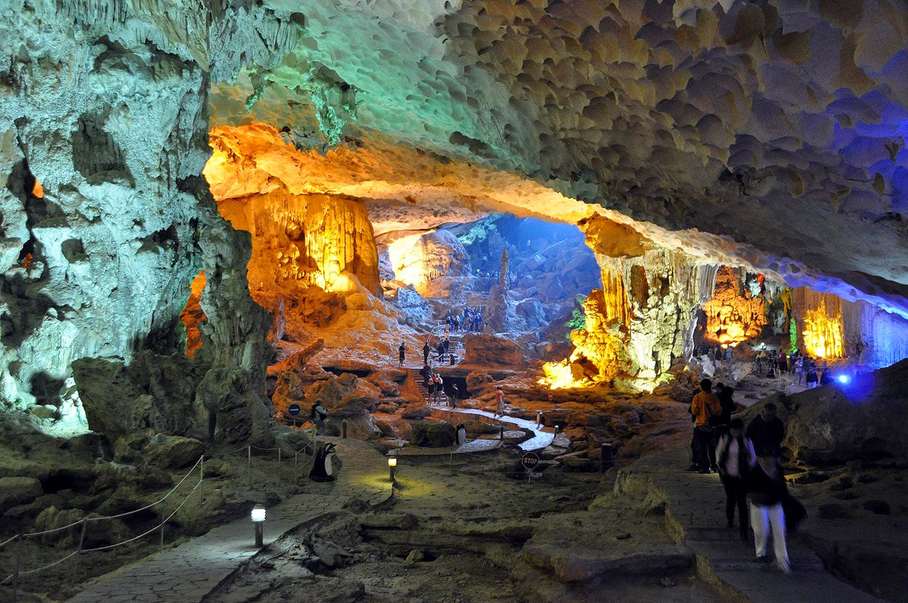 Amazing Caves in the World - Hang Sung Sot in Vietnam