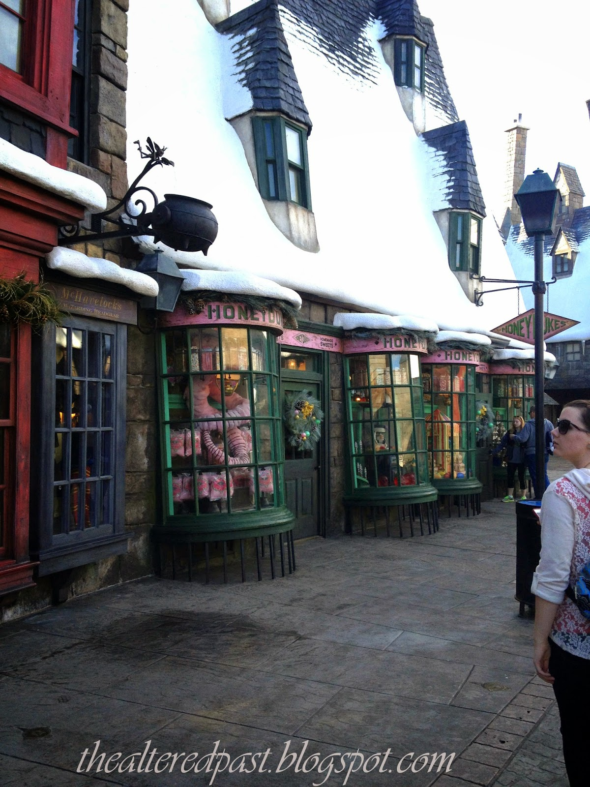 Christmas at The Wizarding World of Harry Potter, Universal Studios, the altered past