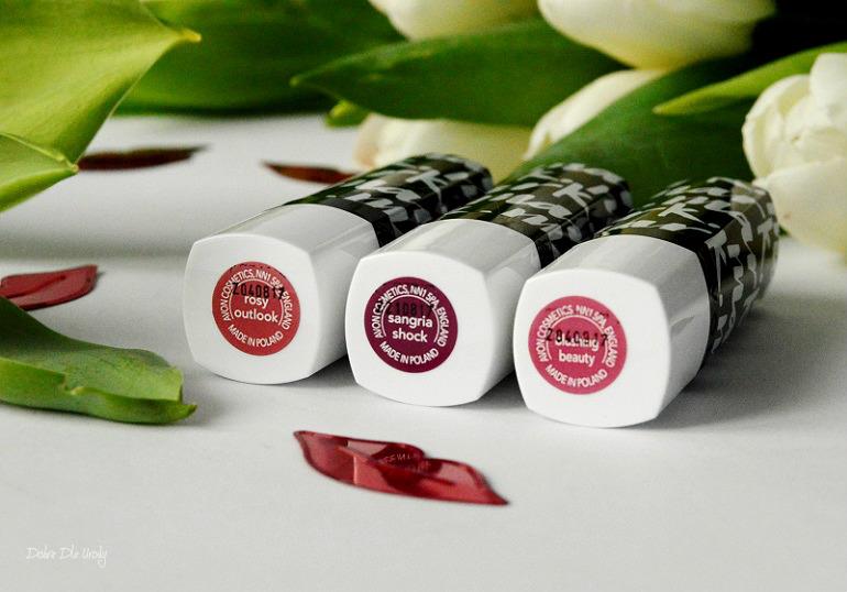 Trwałe szminki Avon Mark Moc koloru - recenzja
