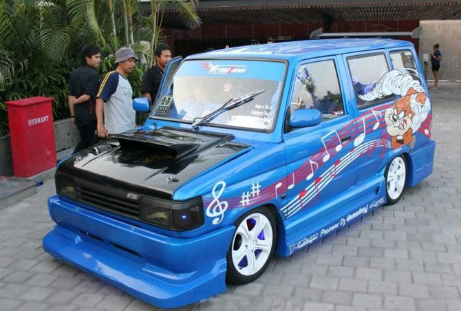 Everything about car: Modifikasi Kijang Grand