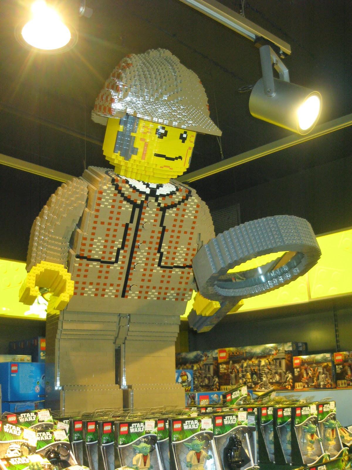 Figura de Lego de Sherlock Holmes en Hamleys