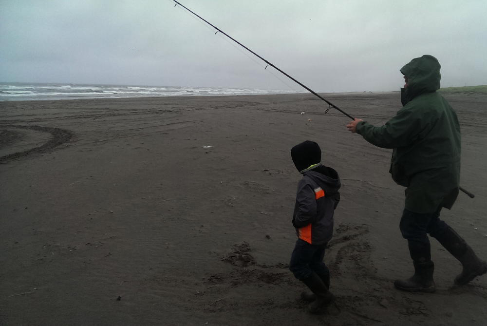Off grid home sweet home surf fishing for Surf perch fishing oregon