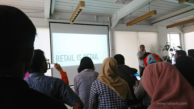 Pemaparan Trend E-Commerce dan How To Survive oleh Kuntowiyoga