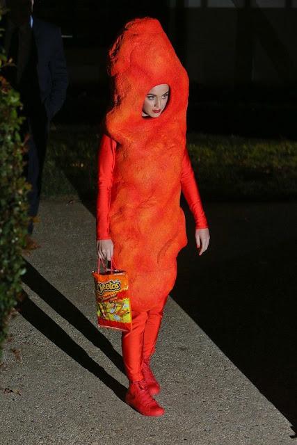 Fantasia para halloween o que não vestir, Katty Perry de Cheetos