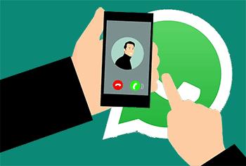 Cara Video Call 4 Orang di Whatsapp