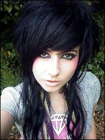 Imagenes de chicas emo con pelo corto