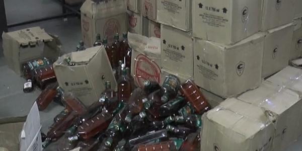 आबकारी विभाग द्वारा अवैध रूप से संग्रहित 527 लीटर अवैध शराब जप्त