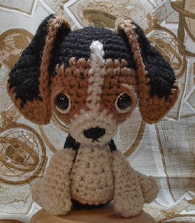 http://byhookbyhand.blogspot.com.es/2009/10/puppy-love.html
