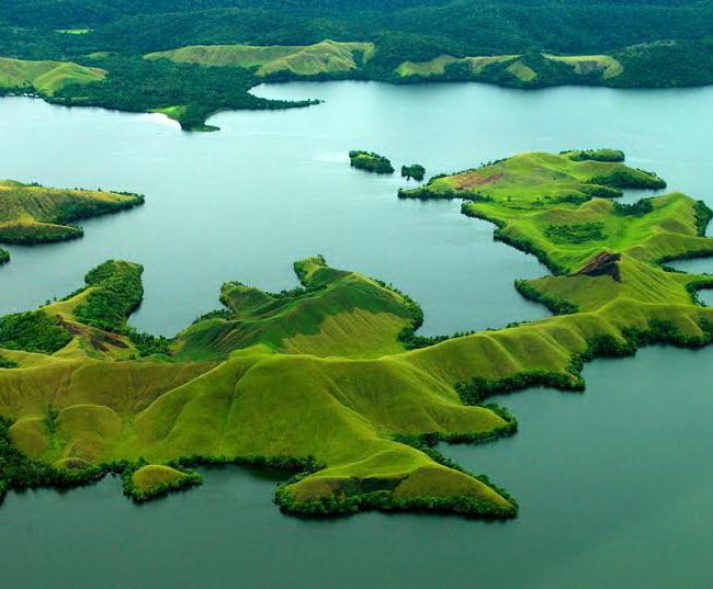 Xvlor Lake Sentani displays cluster of 22 islands and art of bark cloth