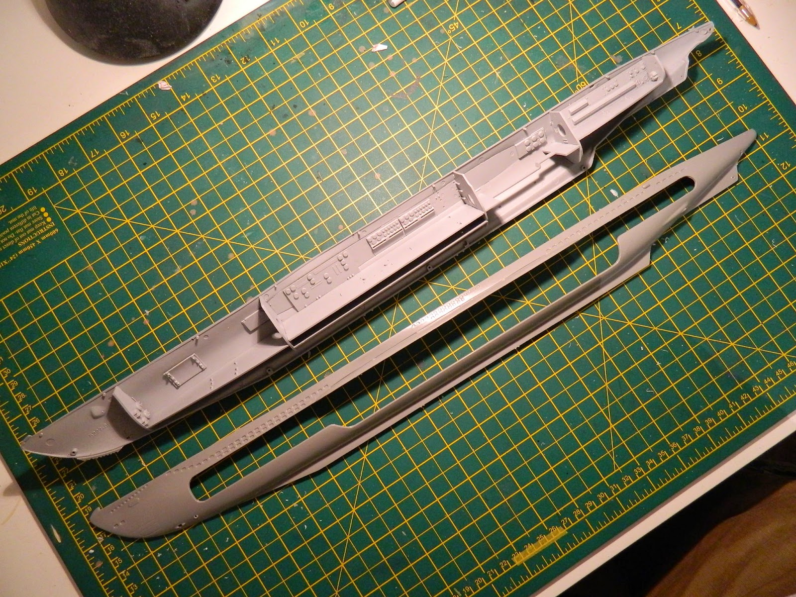 medium resolution of the model is a re release for very affordable price 15 pounds bought at hinckley model show this year as for old er model it has over 120 parts