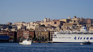 Cagliari as seen by travellers arriving by sea
