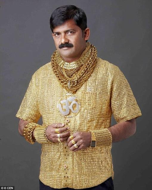 El trágico final del hombre de la camisa de oro