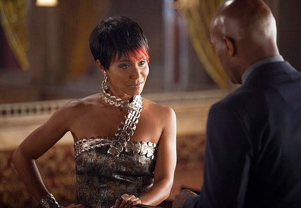 Jada Pinkett Smith as gang boss Fish Mooney in Fox Gotham Season 1 Episode 3 The Balloonman