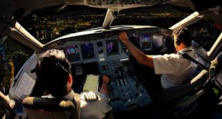 Πιλοτάριζε επί 20 χρόνια επιβατικά αεροπλάνα χωρίς... δίπλωμα!