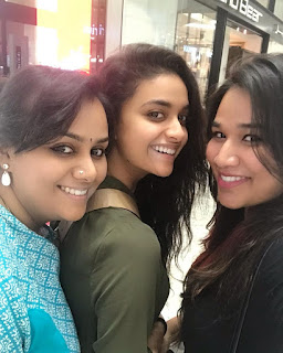 Mana Keerthy Suresh: Keerthy Suresh with Cute and Awesome Lovely Smile with her Friends