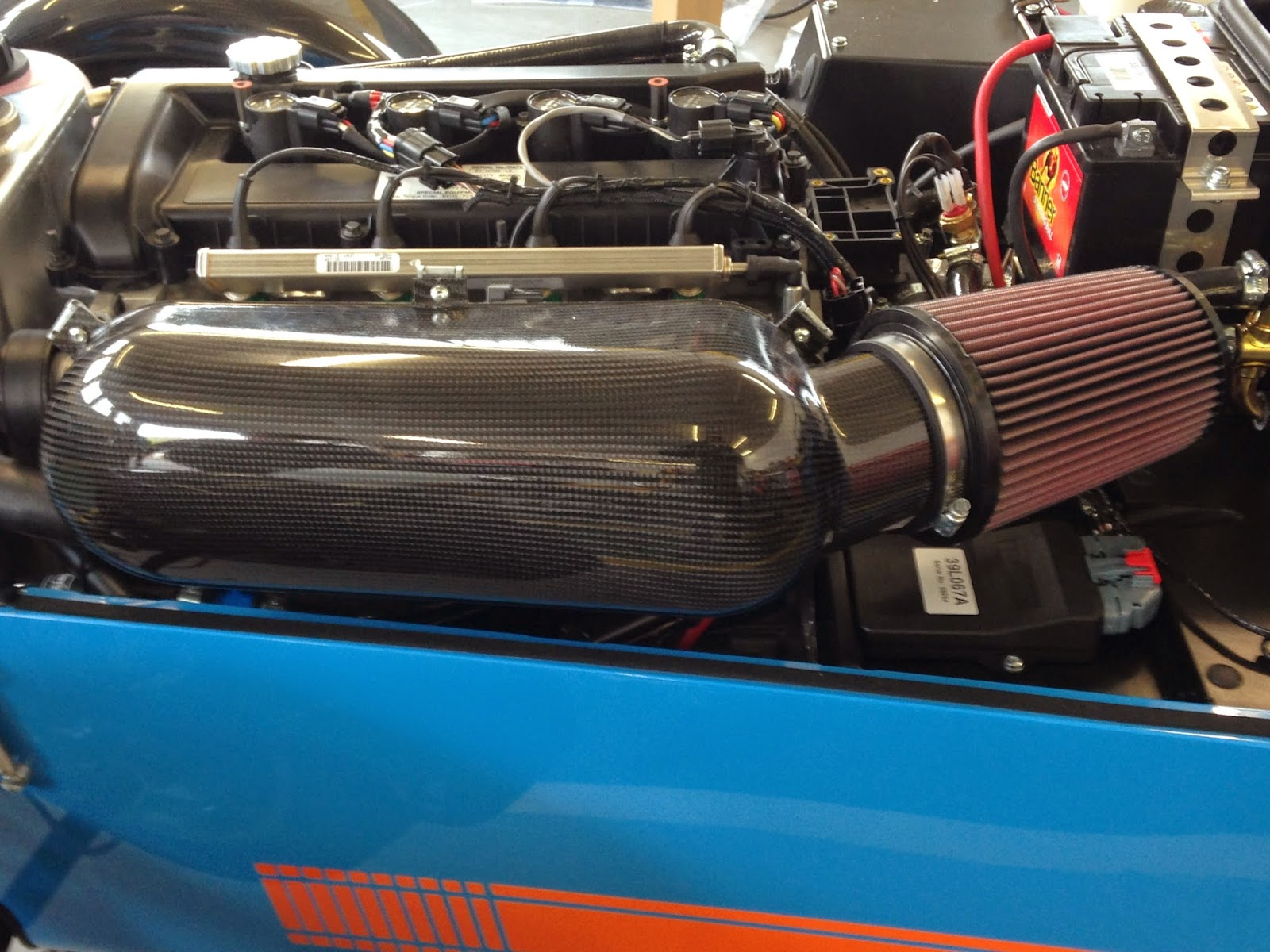 The optional track day air box and k&n air filter fitted.