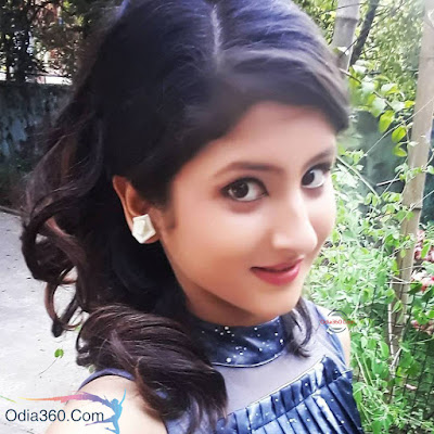Shivani Sangita image photo wallpaper biography