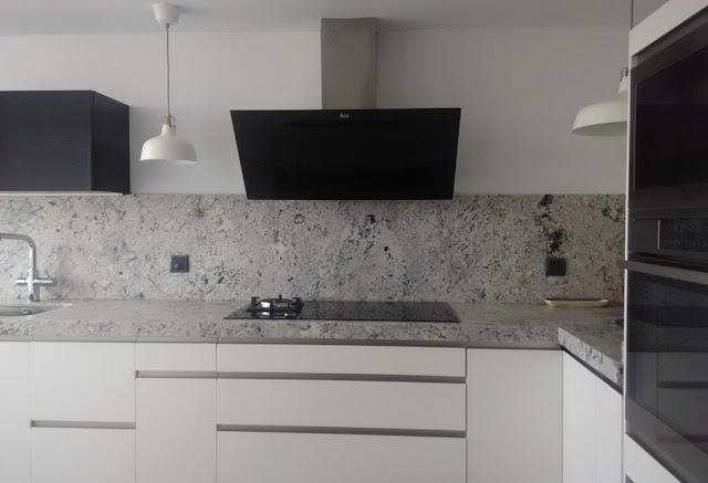Cocinas con estilo - Cocina blanca y gris ...