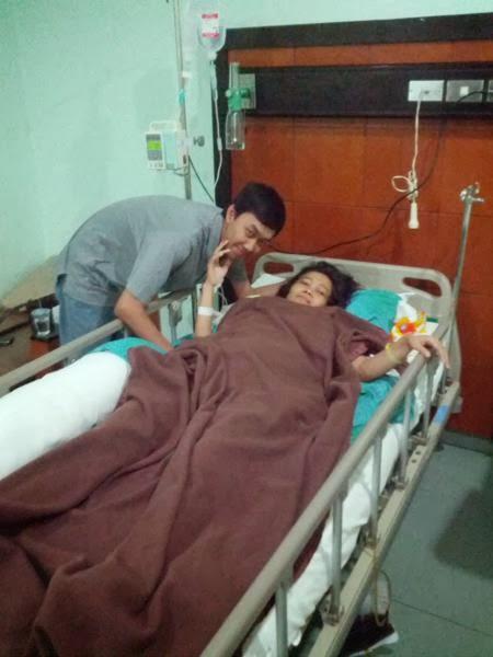 gambar orang dirawat di rumah sakit