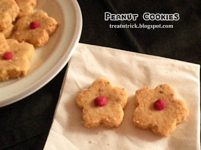Peanut Cookies Recipe @ treatntrick.blogspot.com