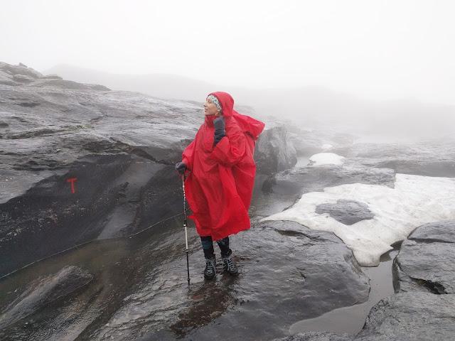 норвегия дождь, погода, сырость, туман, скалы, горы, поход в норвегию