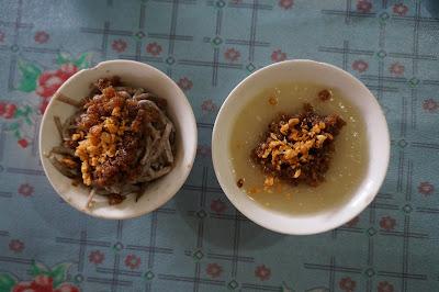 Ou Pan dan Mi Pan Chai Kwe Panas Parwasal