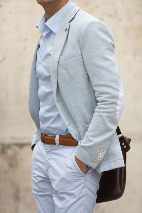 look masculino para trabalhar azul pastel
