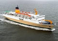 Jenis Kapal Menurut Bahan dan Alat Penggeraknya, kapal barang penumpang