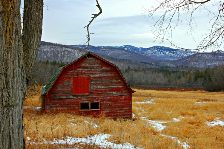 Red barn in winter in Keene, NY - www.goldenboysandme.com