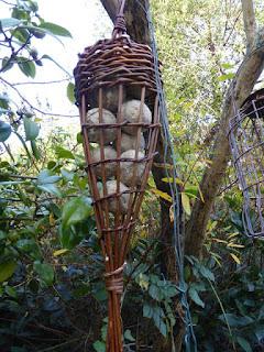 willow weave bird feeder