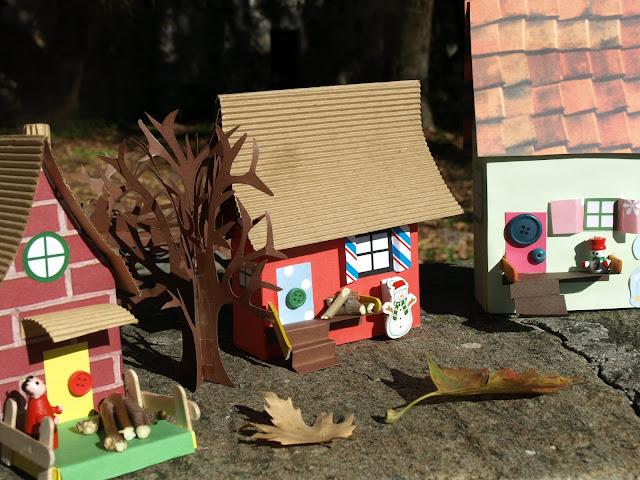 Σπίτια από κουτιά!