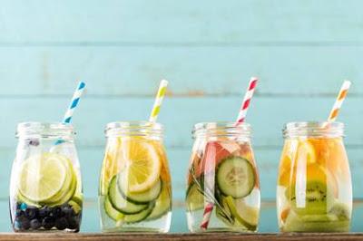 Água aromatizada: receitas funcionais para fazer em casa