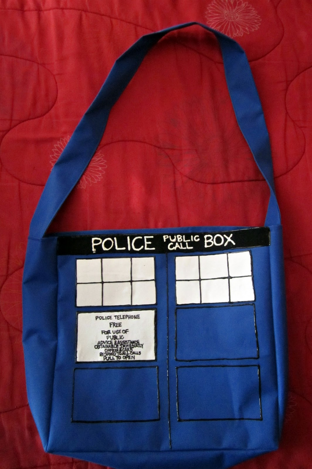 TARDIS bag, by Stephanie