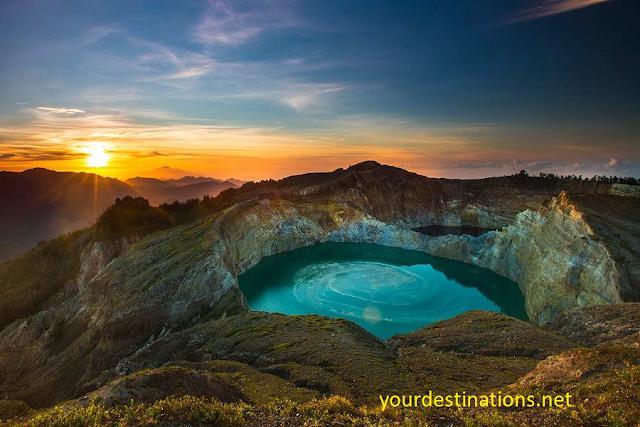 LAKE KALIMUTU Flores Island Indonesia