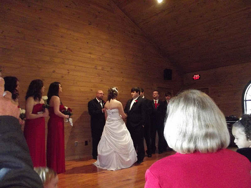 Josh And Tammy S Wedding At The Noccalula Falls Chapel Can You Say Roll Tide Theme Of Was Team Alabama