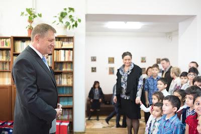 Klaus Iohannis, Szent Miklós, Mikulás, iohannis üzenete, iohannis szent mihály-napi üzenete
