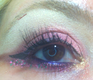 eye_makeup_look_smokey_dots
