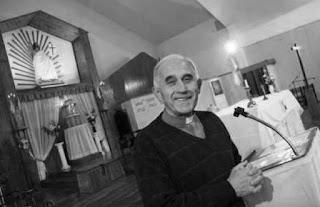 En medio de la polémica por las acusaciones cruzadas entre monseñor Delgado y el exadministrador Juan Brozina, Francisco Martín aseguró que el obispo está en condiciones de renunciar debido a que el año próximo cumple 75 años.