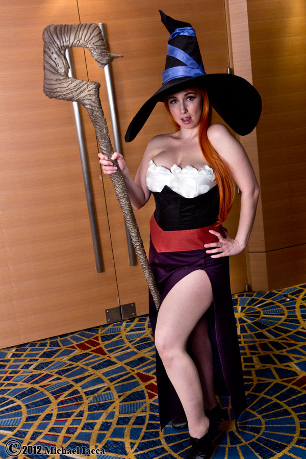 Dragons crown sorceress cosplay