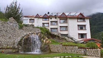 Apple Country Resort Manali provides you everything, which you require for a memorable honeymoon.