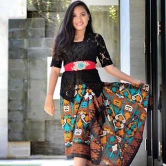 Model Kebaya Modern Untuk Orang Pendek Gunakan Belt Atau Sabuk