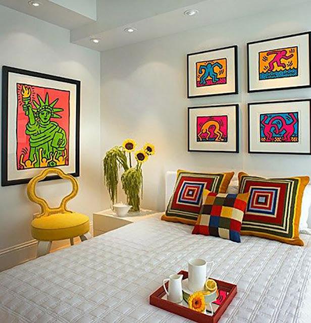 quarto-de-casal-neutro-colorido-abrirjanela