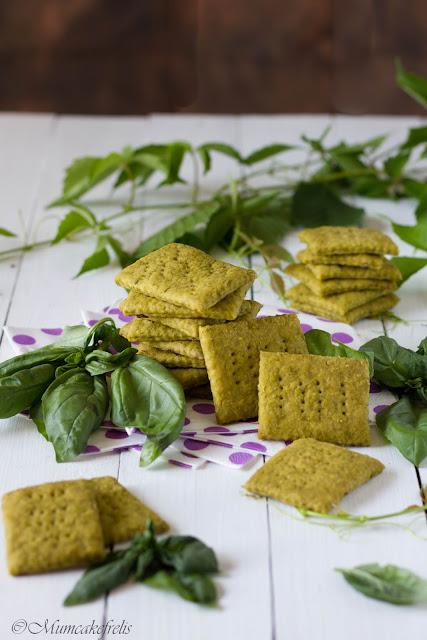 ricetta crackers al pesto
