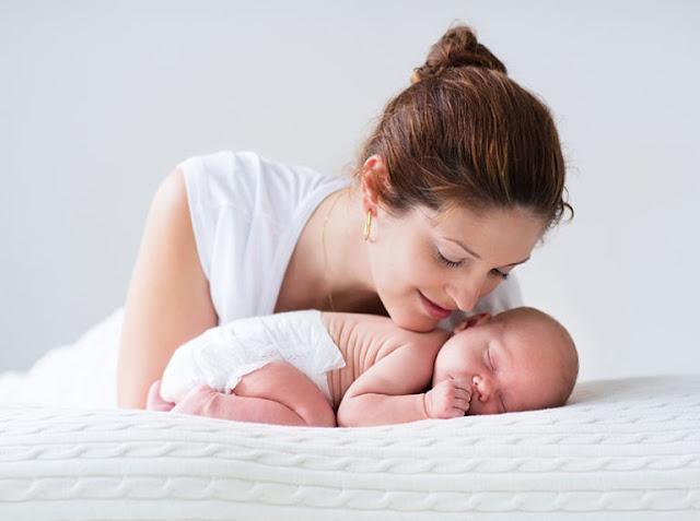 كيف أعتني بالطفل حديث الولادة
