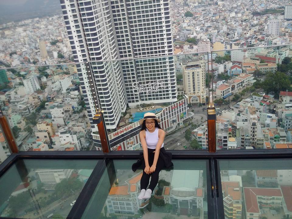 Trên nóc nhà Skylight - Havana